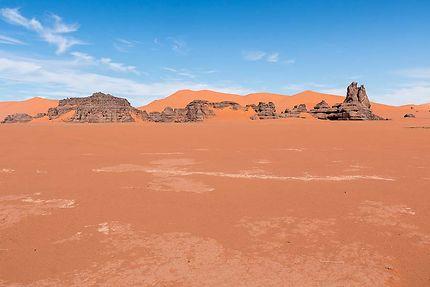 Tin Merzouga - Le sable est orange rouge...