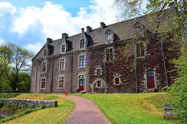 Château de Comper : à la rencontre du roi Arthur