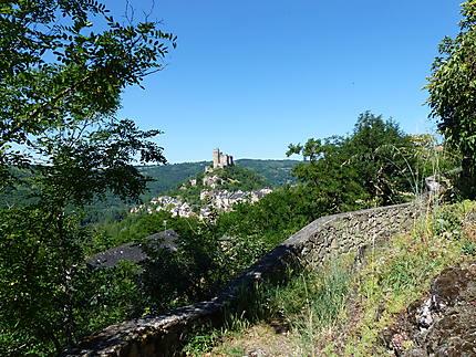 Randonnée autour du château de Najac
