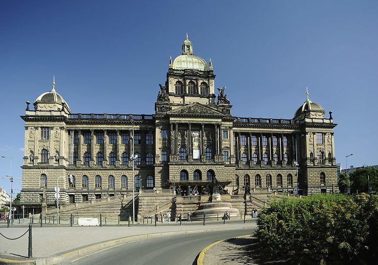 République tchèque  - Le Musée national rouvre en octobre à Prague