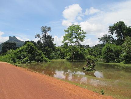 Lost 3 days on a motobike in amazing Laos, Thakhek