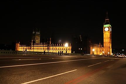 Parlement la nuit