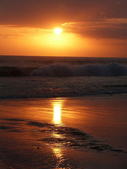 Coucher de soleil à Batubelig beach