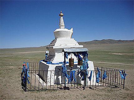 Stupa sur la route du désert