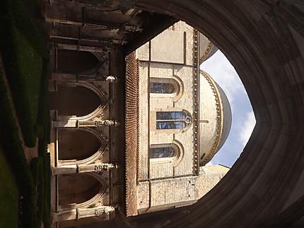 Cloître de la cathédrale Saint-Etienne