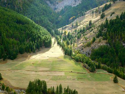 Vue depuis Saint-Véran dans les Alpes
