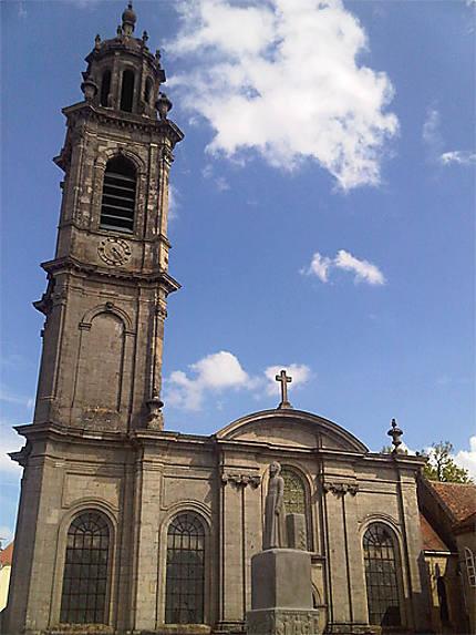 Façade de l'église Saint-Martin
