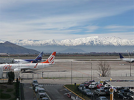 Aéroport de Santiago vu : Andes