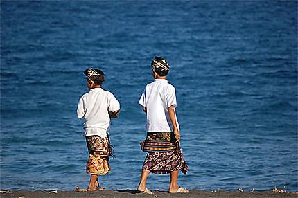 Cérémonie à la plage de Goa Lawa