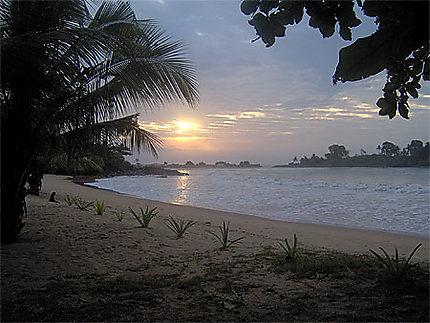Ezilé Bay