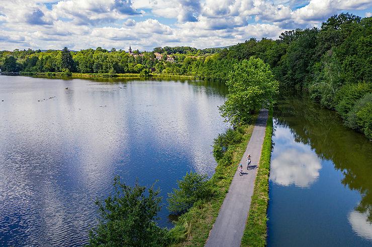 Vélo : en piste sur la Voie Bleue, Moselle-Saône à vélo  !