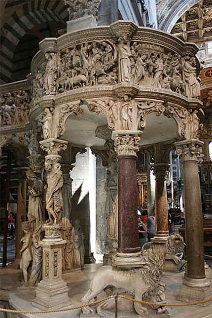 Chaire de la Cathédrale de Pise