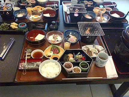 Petit déjeuner à Osaka