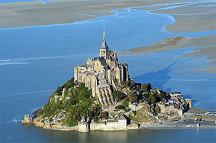 Le Mont-Saint-Michel vu du Ciel !
