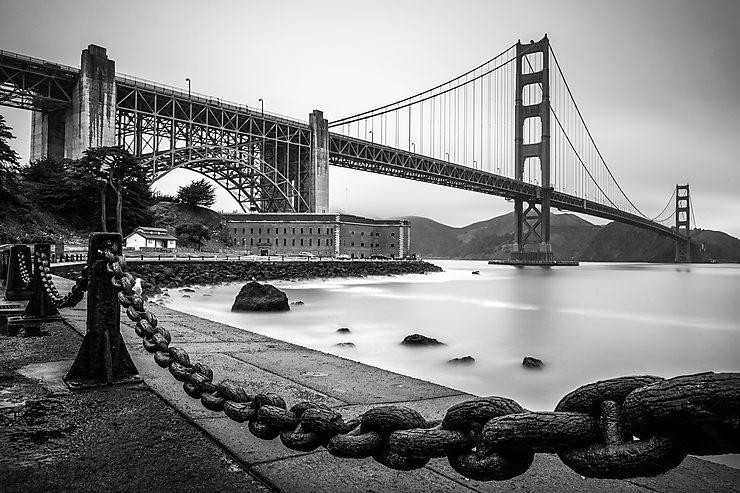 Golden Gate Bridge vu de Fort Point, San Francisco, Californie