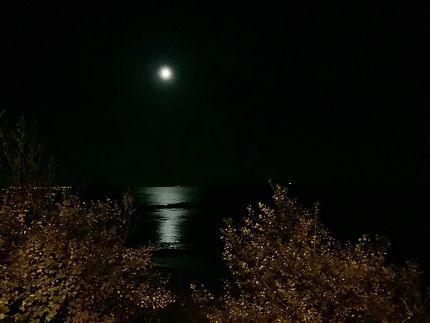 Lune gibbeuse dans le Finistère