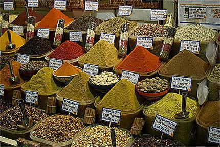 Camaïeu d'épices au Bazar Egyptien