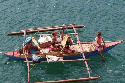 Famille de nomade de la mer