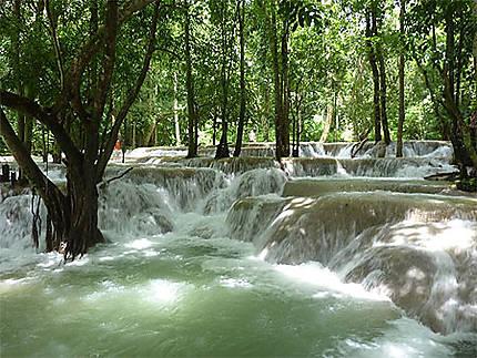 Les chutes de Tat Sae, près de Luang Prabang