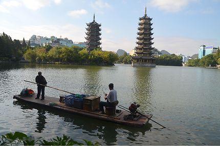 Les pagodes de la lune et du soleil, Guilin, Chine