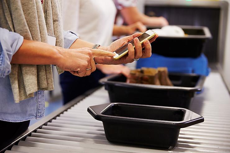 Canada/Etats-Unis - Contrôles aéroport : les appareils électroniques doivent être chargés