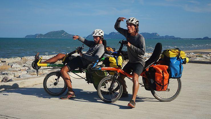 Pouvez-vous présenter votre projet de voyage « V'asie roule » ? Partage, solidarité, découverte, aventure…