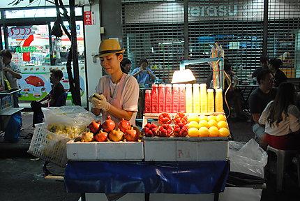 Marché dans Chinatown à Bangkok