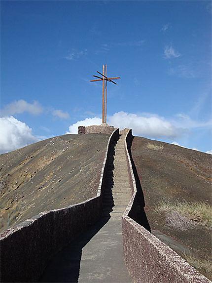 La croix de Francisco de Bobadilla