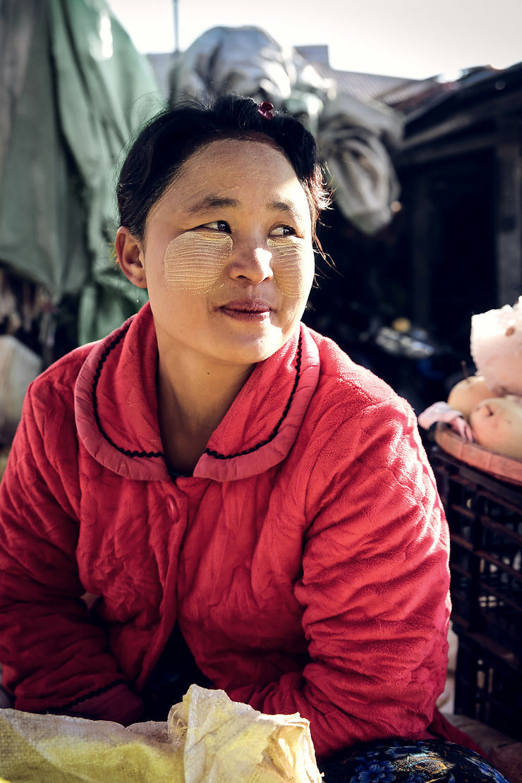 Portrait sur un marché, Birmanie
