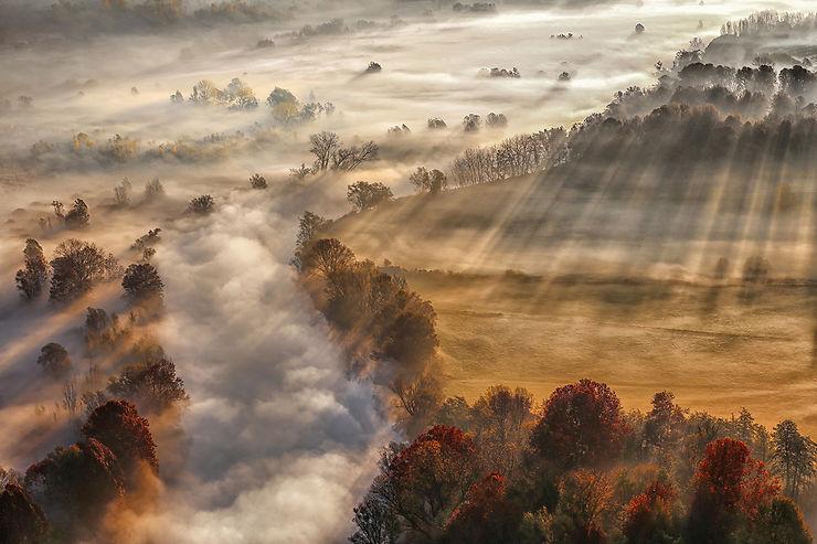 Rivière de brouillard, Paderno d'Adda, Lombardie, Italie