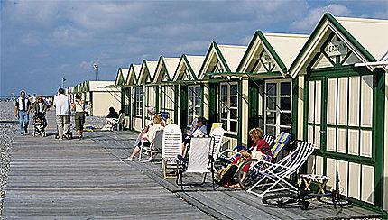 Cabines de plage cayeux sur mer cayeux sur mer baie for Garage cayeux sur mer