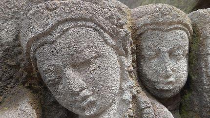 Doux visages millénaires