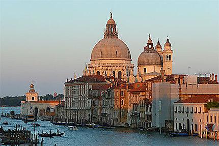 A L'Heure où Venise s'embrase