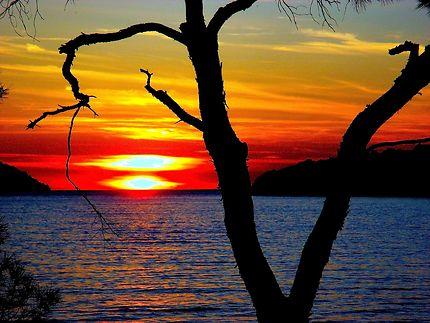 Coucher de soleil à Starigrad, Croatie