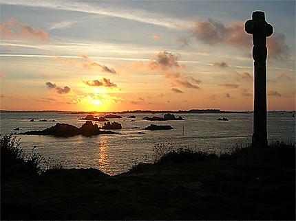 Coucher de soleil à la Croix de Maudez