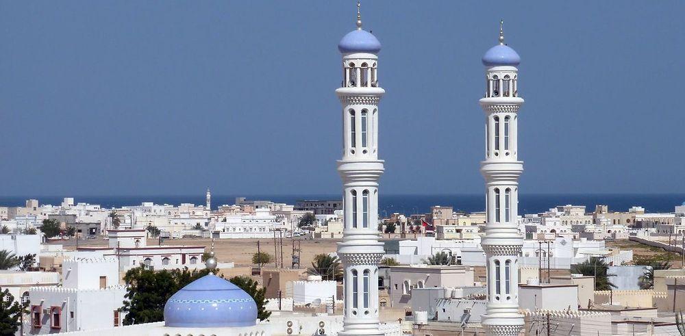Itinéraire de 2 semaines au Sultanat d'Oman en hôtel et camping sauvage : magnifique