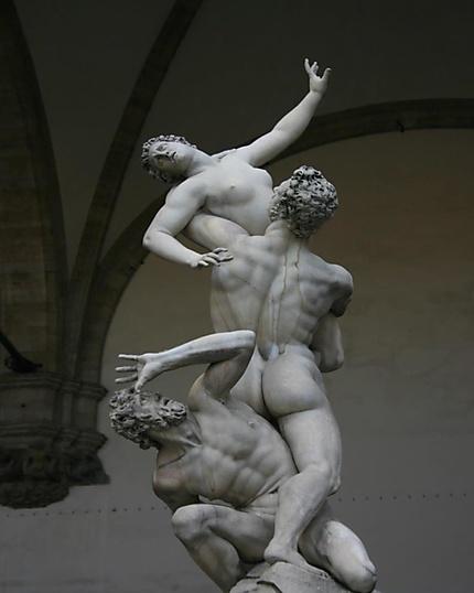 L'enlèvement des Sabines, de Giambologna