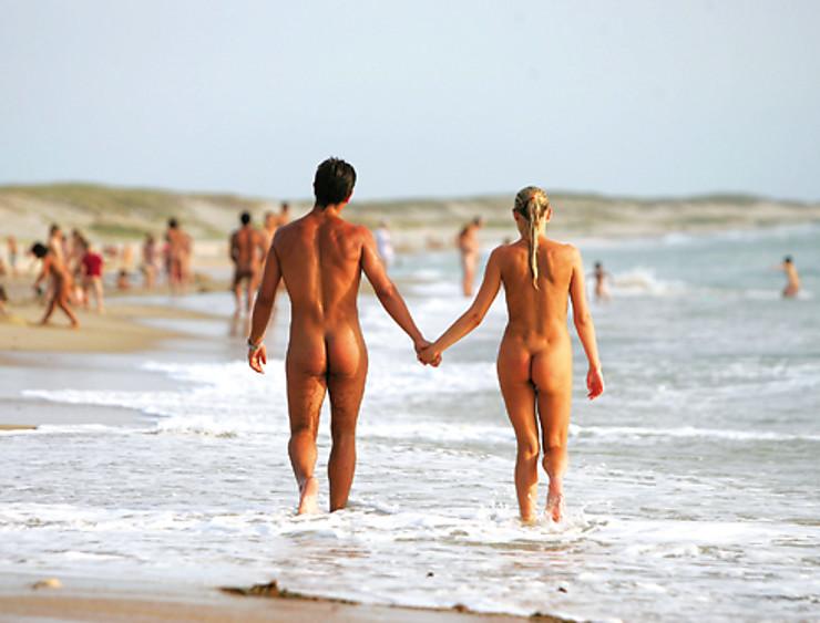 Enquête - De plus en plus de Français adeptes du naturisme