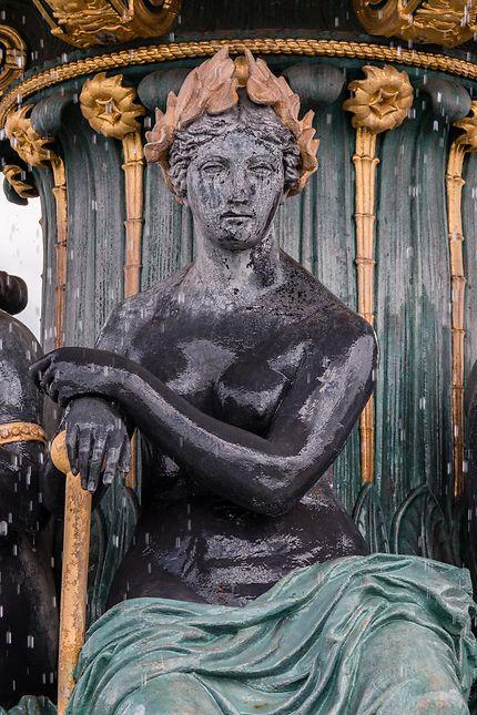Statue fontaine des mers, place de la Concorde