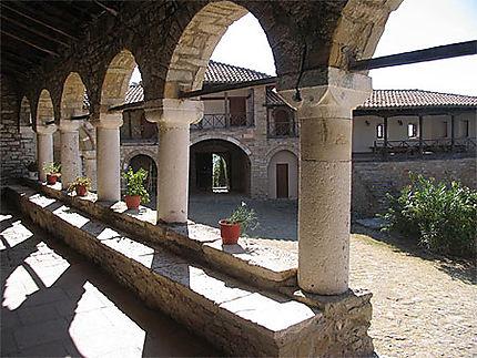 Monastère près de Kolonjë