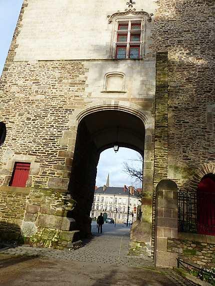 La porte Saint Pierre