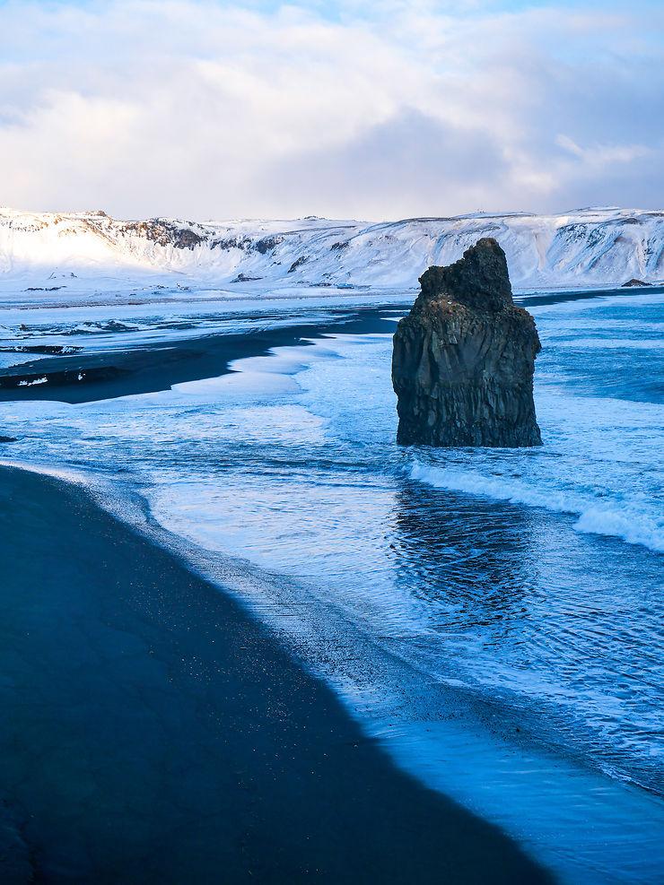 Plage volcanique d'Islande