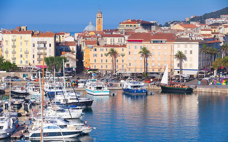 Covid-19 - Corse : des caméras thermiques à l'arrivée dans les aéroports