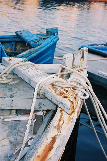 Barques au coucher du soleil