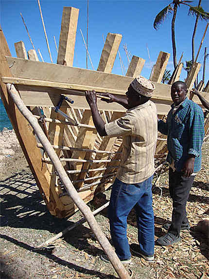 Construction d'un dhow