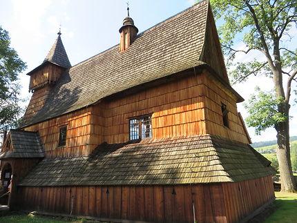 Eglise de Debno le long de la Dunajec