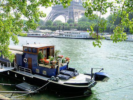 Bateau jardin à Paris