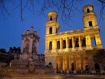 Place St Sulpice la nuit
