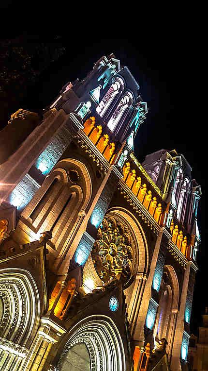 Basilique Notre-Dame de Nice de nuit