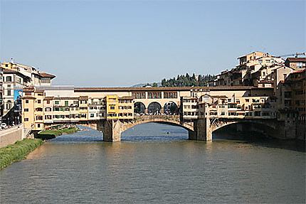 Ponte Vecchio sur l'Arno-Firenze